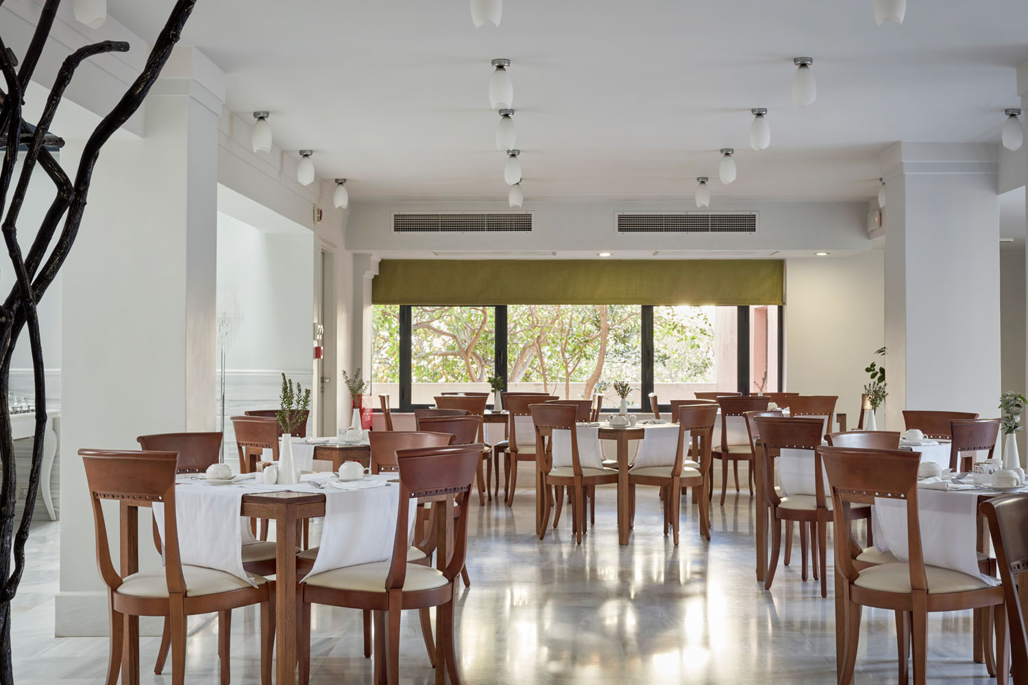 inside view of the restaurant