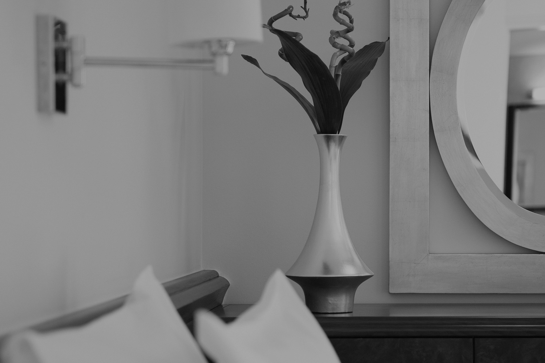 Black and white flower Vase