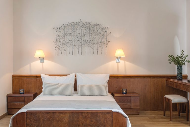 Junior Room Bed