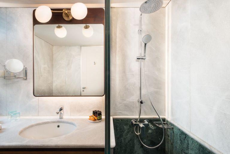 Junior Room Bathroom