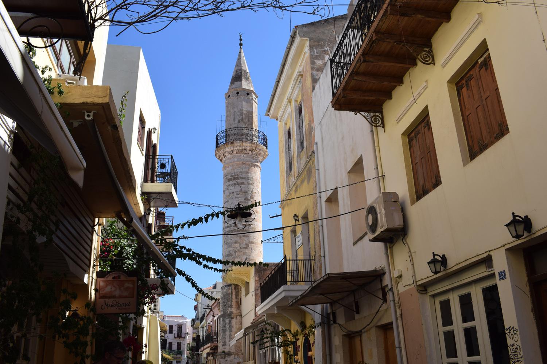 Minaret at daliani alley