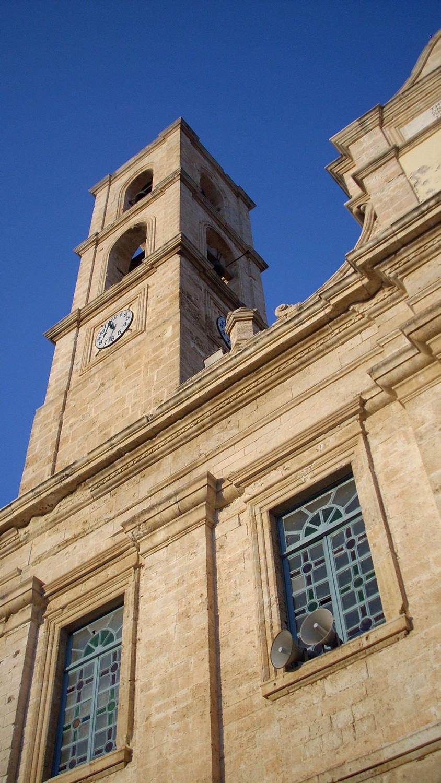 Mitropoli Church from below